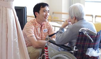 介護職員の一日の流れのイメージ